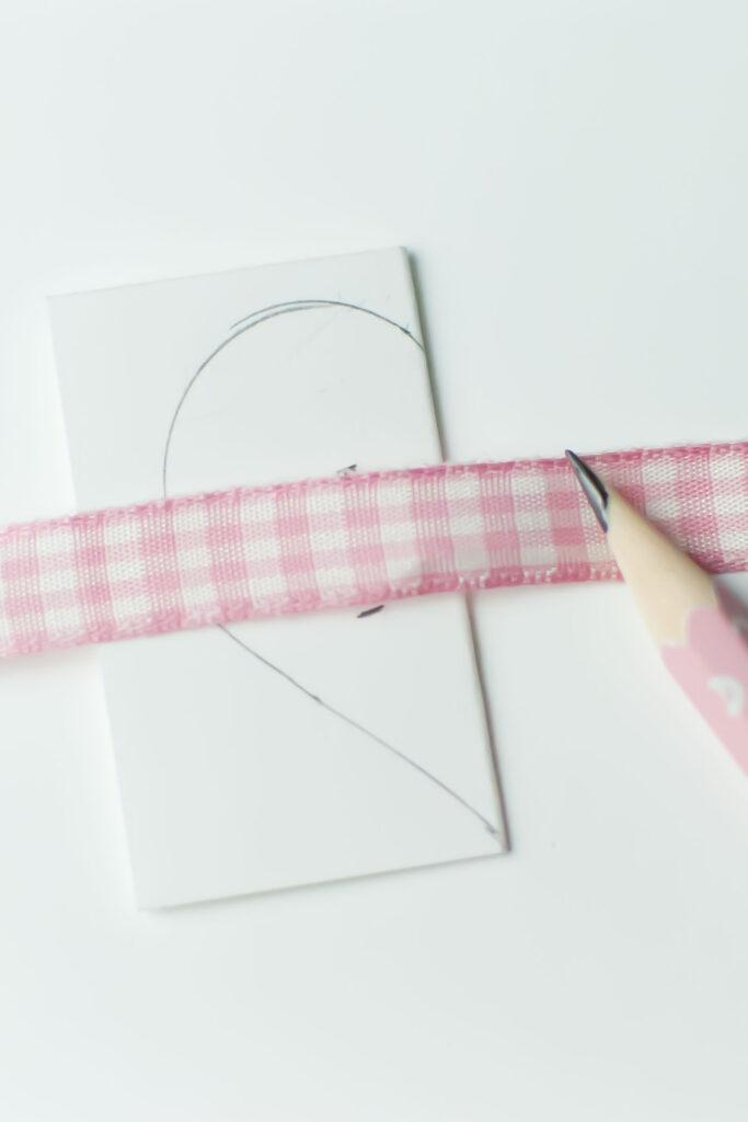 salakreativ-diy-papierherzen-valentinstag-herz-zeichnen_01