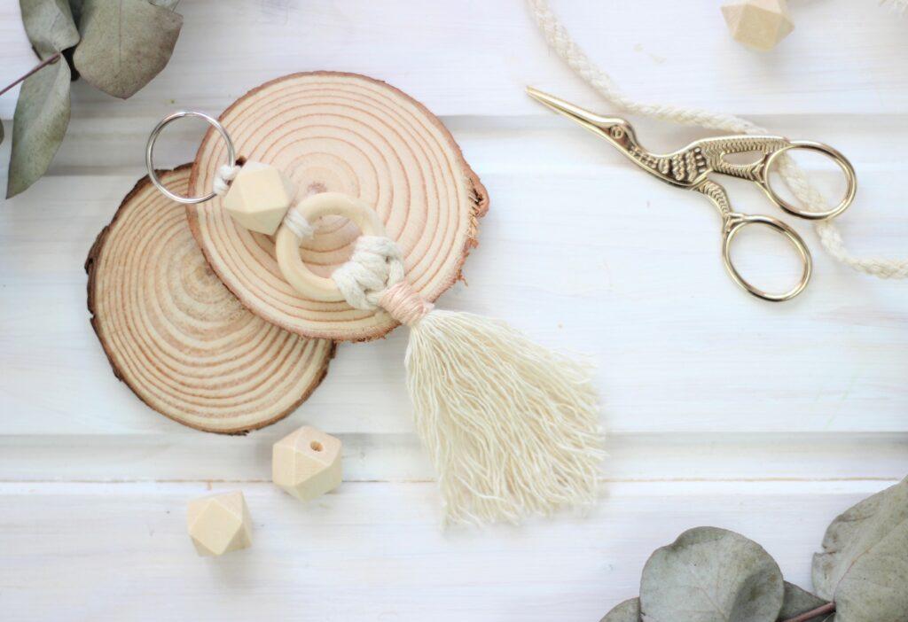DIY Schlüsselanhänger aus Wolle