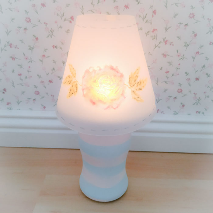 Leuchtende DIY Lampe